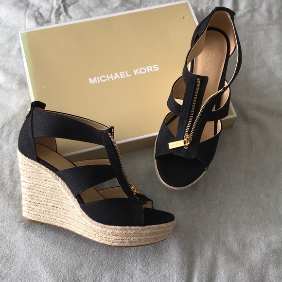 effda93667f05 Michael Kors Shoes